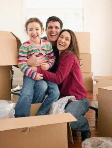 happy family moving2