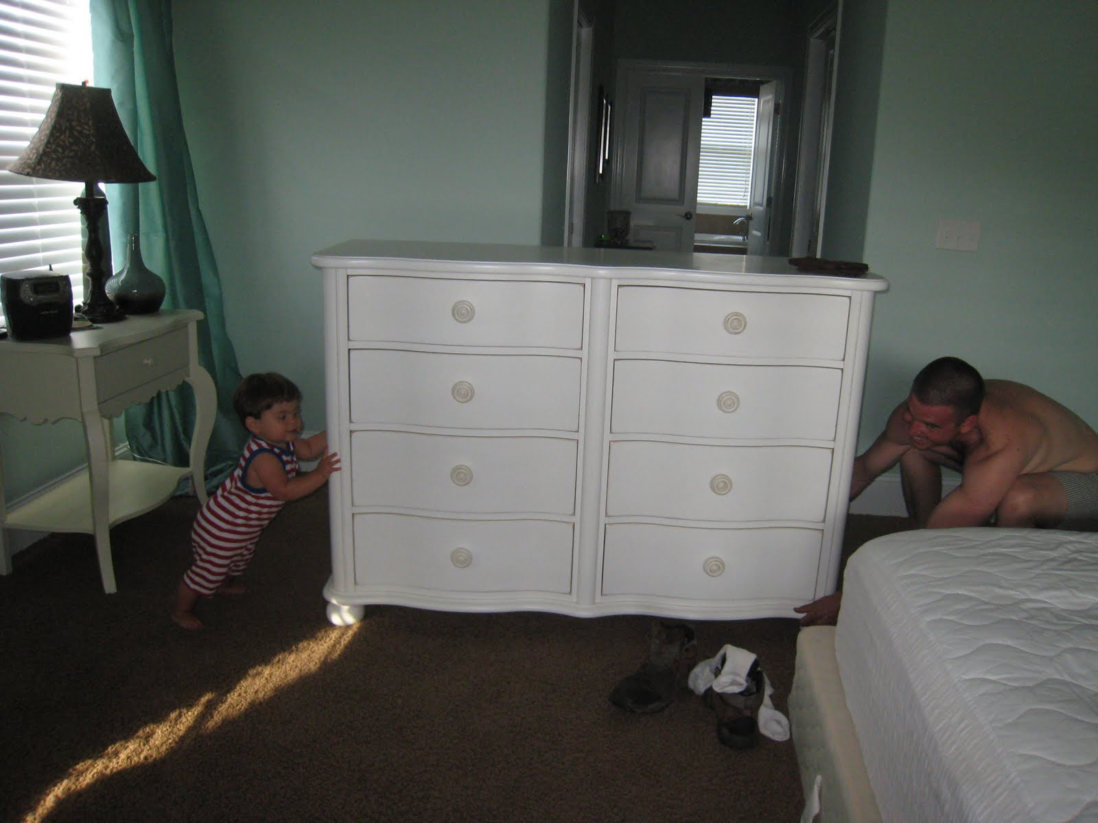 learn how to move heavy furniture pieces during a move in venice